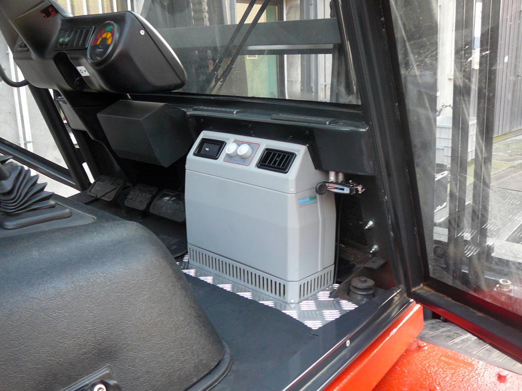 Condizionatori per trattori aria condizionata carrelli for Kit trasformazione furgone in camper